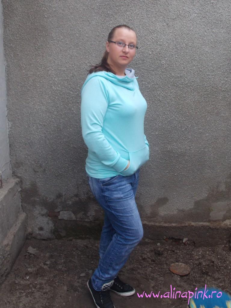 Blue Hooded Long Sleeve Slim Sweatshirt