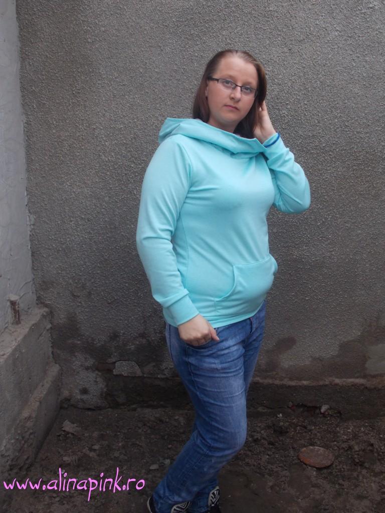 Blue Hooded Long Sleeve Slim Sweatshirt1
