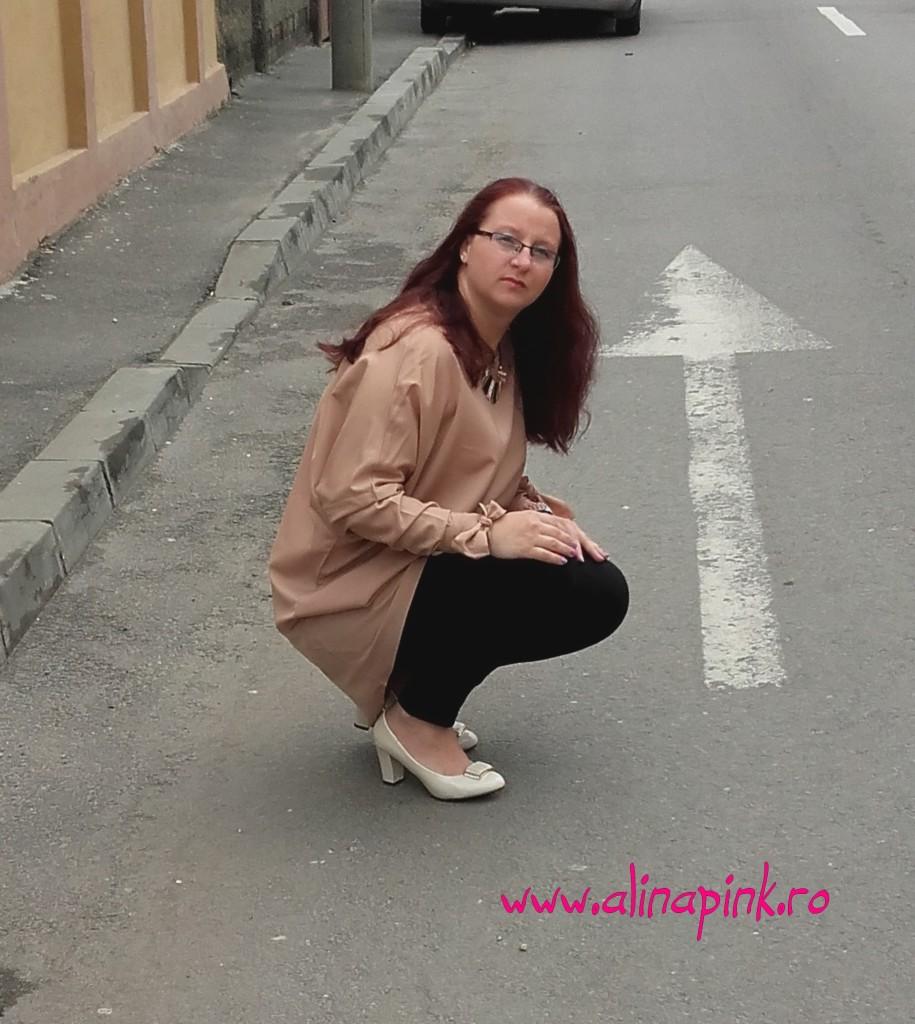 rochie crem1